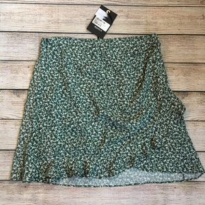 4Si3NNA Mia Hunter Green Floral Skirt
